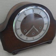 old-mantle-clock