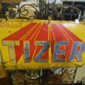 tizer-sign